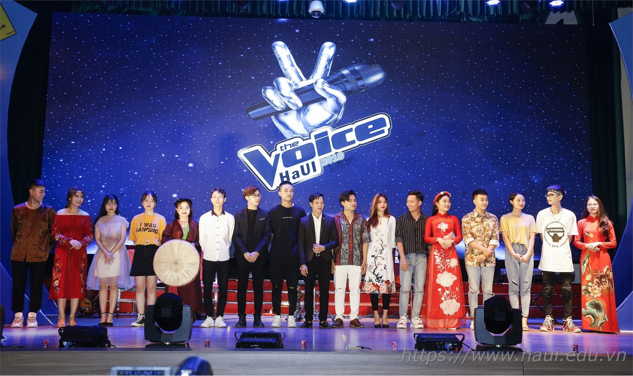 17 thí sinh tham gia góp mặt đêm chung kết Giọng hát hay sinh viên HaUI 2019